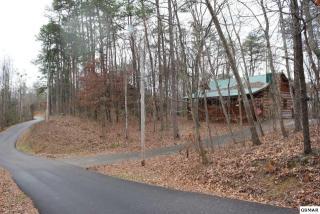 1743 Ridgecrest Drive, Sevierville TN