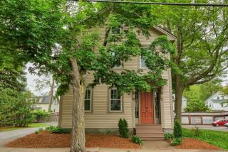 34 S Pleasant St, Haverhill, MA