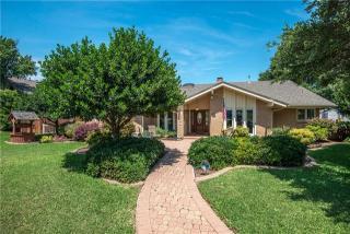 2700 Lakewood Lane, Carrollton TX