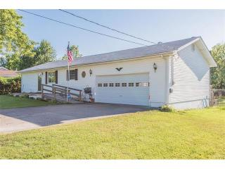604 Hickory Dale Drive, Saint Charles MO