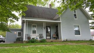 601 West Catholic Street, Pierceton IN