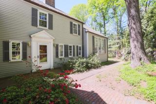 20 Old Farm Rd, Wellesley, MA