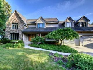 2561 Parkwood Drive, Green Bay WI