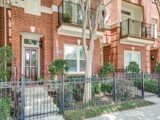 3405 Howell Street #6, Dallas TX