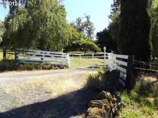 27908 Pine View Road, Brownsville OR