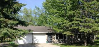 37250 Birch Dr S, Warroad, MN