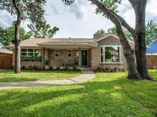 1558 Driftwood Drive, Dallas TX