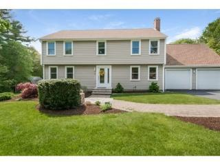 49 Chipper Hill Rd, Northbridge, MA