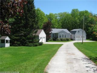 231 Ridge Road, Monmouth ME