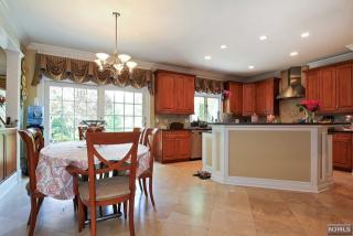 12 Farview Rd, Tenafly, NJ