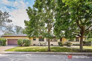 3525 West North Shore Avenue, Lincolnwood IL