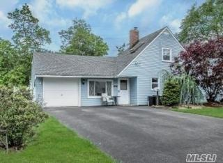 80 Meridian Road, Levittown NY