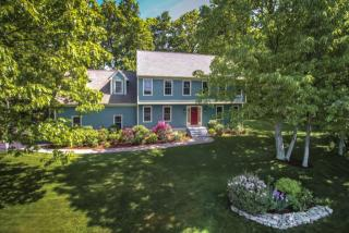 10 Longfellow Road, Westborough MA