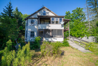 2528 Providence Rd, Northbridge, MA