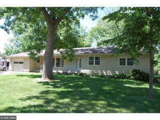 901 Maple Street, Farmington MN