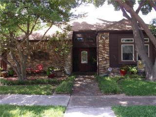 431 Country Side Lane, Richardson TX