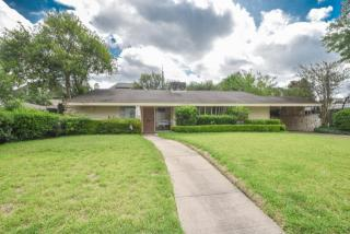 1023 Briarmead Drive, Houston TX