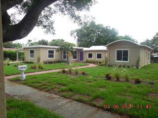 949 Andrews Road, West Palm Beach FL