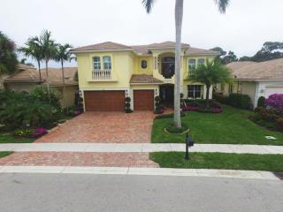 204 Montant Drive, Palm Beach Gardens FL