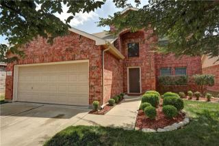5932 Crestview Drive, Grand Prairie TX