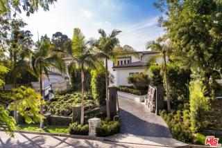 1041 Laurel Way, Beverly Hills, CA