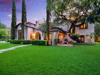 2700 Oakhurst Avenue, Austin TX