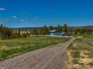 145 Old Divide Road, Roundup MT