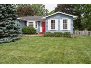 471 Cabot Dr, Fairlawn, OH