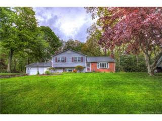 79 Chapel Hill Road, North Haven CT