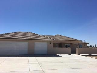 8386 Cataba Road, Oak Hills CA
