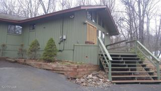 200 Hillside Drive, Lords Valley PA