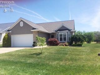 809 North Harbor Point Drive, Port Clinton OH