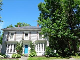 38 High St, Dover-Foxcroft, ME
