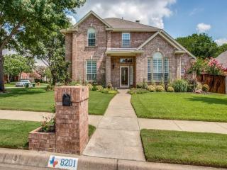 8201 Shady Oaks Drive, North Richland Hills TX