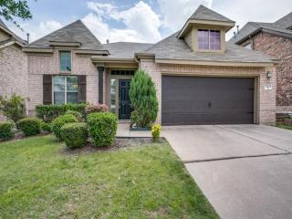 12548 Saratoga Springs Circle, Fort Worth TX