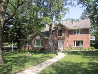 1122 West Wing Street, Arlington Heights IL