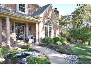 2016 Kingspointe Drive, Chesterfield MO