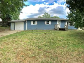 8233 Clay St, Atchison, KS