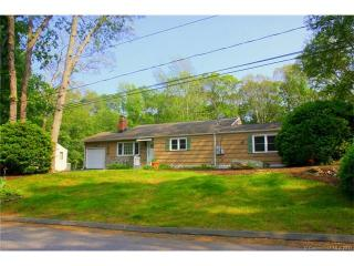 7 Laurel Leaf Drive, Gales Ferry CT