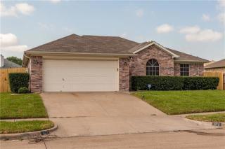 872 West Lynn Creek Drive, Arlington TX