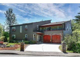 2704 Orchard Hill Ln, Lake Oswego, OR