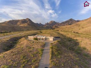 5025 Bunkhouse Road, Las Cruces NM