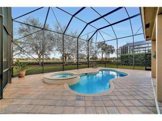 2061 Isla De Palma Circle, Naples FL