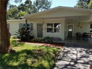 5808 Town N Country Boulevard, Tampa FL
