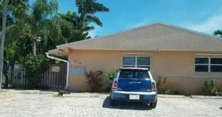 758 NE 13th Ct, Fort Lauderdale, FL