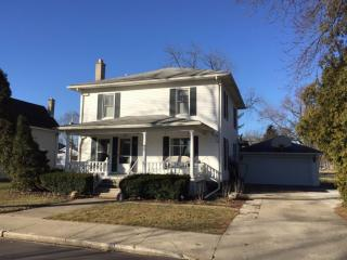 258 North Nappanee Street, Nappanee IN