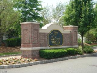 204 Riverwalk Way, Clifton NJ