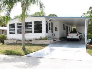 52 South Buena Vista Avenue, Englewood FL