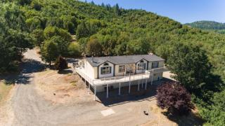 14363 Duggan Road, Central Point OR
