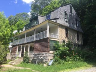 151 Cottage St, Great Barrington, MA